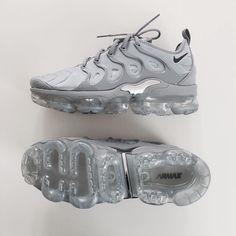 wholesale dealer 69096 9af8e Shoes Trainers Nike, Nike Air Shoes, Sneakers Adidas, Bape Converse, Tenis  Vans