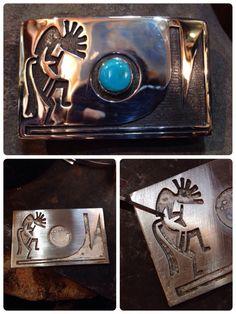 Overlay Kokopelli   ココペリ  オーバーレイバックル オーバーレイ バックル  ホピ族の伝統的技法 オーバーレイ 二枚の銀の板を貼り合わせて作る技法   Facebook  https://www.facebook.com/horizonblue.  turquoisejewelry nativeamericanjewelry