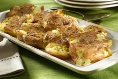 Garlic Smashed Potato Cakes http://www.yummly.com/recipe/Garlic-smashed-potato-cakes-298886