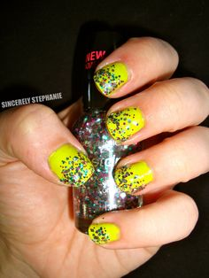 multi glitter over did it on 'em  sincerelystephaniee.blogspot.com