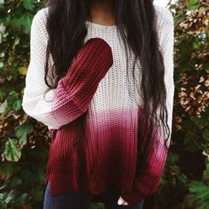 White to burgundy ombre sweater Fall Winter Outfits, Autumn Winter Fashion, Casual Outfits, Cute Outfits, Sweater Outfits, Look Fashion, Womens Fashion, Winter Stil, Lookbook
