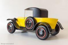 ancien jouet vilac at DuckDuckGo Wooden Toy Trucks, Wooden Car, Designer Toys, Wood Toys, Automobile, Garage, Photoshop, Cars, Model