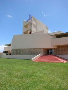 Reconstructing Frank Lloyd Wright, Block by Block - residentialarchitect Magazine