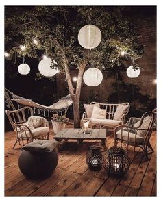 Entertaining Under the Stars Cozy Boho Outdoor Spaces Boho Backyard Boho Home Decor Inspiration Wonder Forest Bohemian Style Home, Bohemian Decor, Hippie Style, Boho Chic, Gypsy Style, Hippie Chic, Patio Diy, Backyard Patio, Budget Patio