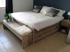 Steigerhouten bed Fenne is één van de nieuwe steigerhouten bedden in ons assortiment. Bestel als éénpersoonsbed of tweepersoonsbed.