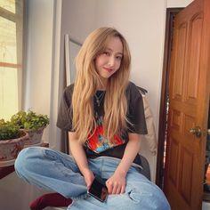 Kpop Girl Groups, Korean Girl Groups, Kpop Girls, Extended Play, Sinb Gfriend, G Friend, 2 Instagram, I Love Girls, Me As A Girlfriend