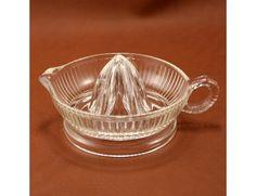 Vintage Glass Reamer Juicer Ribbed w Handle.
