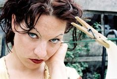 Amanda Palmer (The Dresden Dolls) ~Deanna sometimes gives me this look too. Amanda Palmer, Latest Music, New Music, Shaving Body Hair, Shave Eyebrows, Dresden Dolls, Teenage Dream, Miley Cyrus, Fun To Be One