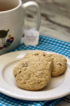 """Brown Sugar Pecan Refrigerator Cookies 