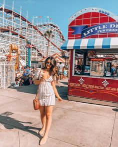 I'm not gonna lie, this photo was SUCH a struggle omg. It was so insanely busy at Belmont Park and people were constantly crossing, which… Summer Tops, Spring Summer, Photo Today, Trendy Tops, Summer Outfits, Summer Clothes, Striped Dress, My Photos, Fashion Beauty