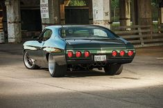 "Smitty's Custom Automotive's ""Chevicious"" '71 Chevelle on Forgeline ZX3P Centerlocks"