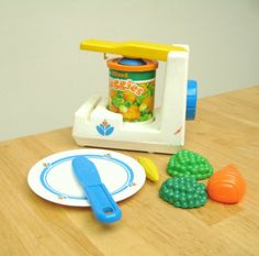 Fisher Price Fun With Food Can Opener - I would have absolutely loved this for my childhood Fun with Food kitchen. #vintage #retro #toys #nostalgia #1980s