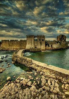 Greece Travel Inspiration - The Castle of Methoni, Messenia (Peloponnese), Greece // By Manos Spyridakis Myconos, Places In Greece, Ancient Greece, Greece Travel, Greek Islands, Places To See, Travel Inspiration, Beautiful Places, Scenery
