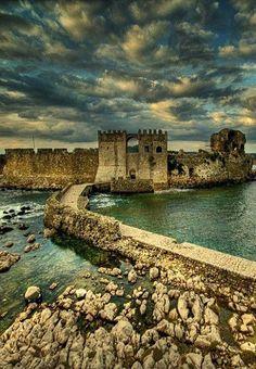 The Castle of Methoni, Messenia (Peloponnese), Greece // By Manos Spyridakis