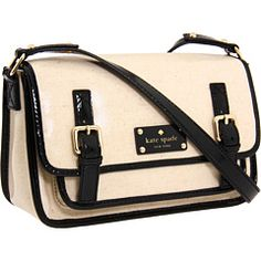 Perfect for spring and summer. This will be my new crossbody bag