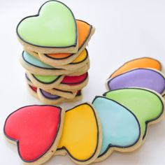 Haniela's: Small Batch Royal Icing W/links to Mini batch recipe and sugar cookie recipe Iced Cookies, Royal Icing Cookies, Sugar Cookies, Owl Cookies, Mini Cookies, Cake Decorating Tutorials, Cookie Decorating, Decorating Tools, Cupcakes