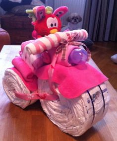 babyshower gift: Diaper Tricycle
