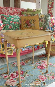 Vintage Home Shop - Pretty 1940s Hand Painted Table adorned with Roses, Tulip and Hydrangeas: www.vintage-home.co.uk