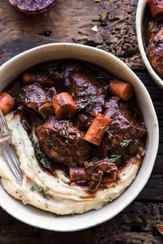 overhead close up photo of Healthier Instant Pot Coq au Vin Instant Pot, Gourmet Recipes, Cooking Recipes, Healthy Recipes, Healthy Food, Bo Bun, Slow Cooked Meals, Crockpot Meals, Half Baked Harvest
