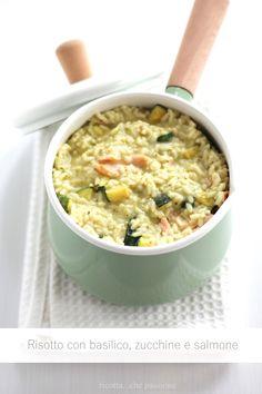 risotto con crema al basilico, zucchine e salmone
