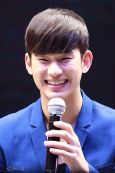 Kim Soo Hyun smile love his smile