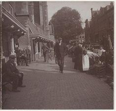 1890: Roestmarkt op de Oude Groenmarkt.