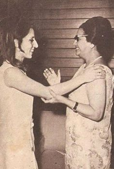 Fairouz with Oum Kalthoum - The Legends