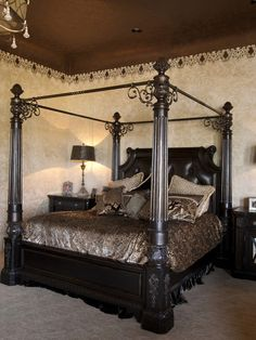 Traditional Bedroom Purple Bedding Design, Pictures, Remodel, Decor and Ideas - page 5
