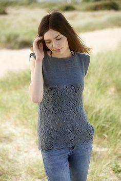 Free knitting pattern - : Talland Tee pattern by Sonja Bargielowska Summer Knitting, Knitting Wool, Knitting Sweaters, Baby Knitting Patterns, Sweater Patterns, Summer Tops, Crochet Clothes, Pulls, Crochet Top