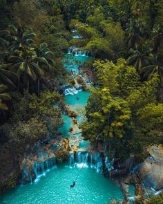 philippines travel tip Cambugahay Falls, Siquijor Island, Philippinen - Vacation Places, Vacation Destinations, Dream Vacations, Vacation Spots, Vacation Trips, Voyage Philippines, Philippines Travel, Philippines Cebu, Philippines Fashion