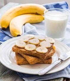 Was sollte man nach dem Training essen und trinken? 10 Beispiele Snacks, French Toast, Breakfast, Post, Fitness, Workout, Fresh Fruit, Food Items, Food Food
