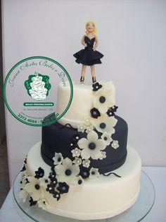 bolo branco com preto