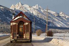 Tiny Homes to Love | Tiny House Ideas at http://pioneersettler.com/tiny-homes