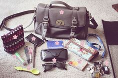 what's in my bag by diagon alley on Flickr.