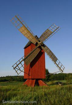 Un moulin à vent à Åland en Finlande                                                                                                                                                                                 Plus