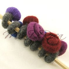 Gefilzter Ring Mitternachts-Rose Sidonie - MiaDeRoca Bobby Pins, Crochet Necklace, Hair Accessories, Beauty, Jewelry, Felting, Rings, Ring, Schmuck