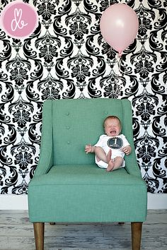 For monthly pictures, love the backdrop and chair, one balloon for every month