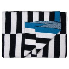 Shop Savannah Hayes. Get cozy wrapped in a bold print! Perfect for the living room & bedroom. This throw features our Barajas design.