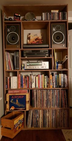 Built a shelving unit this past weekend to hold my first setup. Sansui Acoustic Research B&O Beogram RX, Technics : vintageaudio Home Music Rooms, Music Studio Room, Studio Setup, Vinyl Room, Audio Room, Vinyl Storage, Home Interior, Furniture Projects, Room Inspiration