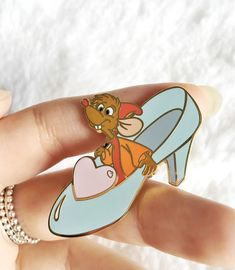 Cinderelly! This pin is so cute