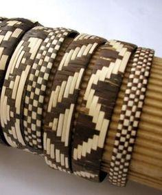 Artesanía Mbya guaraní tejida con fibra de tacuarembó