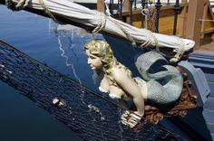 Black Spirit Pirate Ship Figurehead