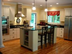 Country farmhouse kitchen, wall color Sherwin Williams Inviting Ivory