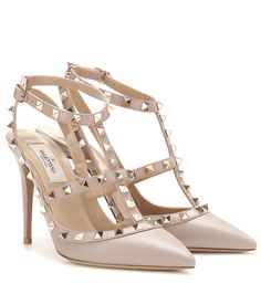 Valentino - Rockstud leather pumps - Valentino's 'Rockstud' pumps are equal parts elegant and edgy. Coated in smooth blush-hued leather and finished with a tonal trim, this studded pair will work for day and evening alike. seen @ www.mytheresa.com