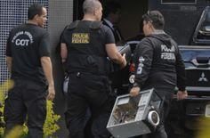 A Polícia Federal deflagrou na manhã desta terça-feira (16) a sexta etapa da Operação Acrônimo.Os alvos são a construtora JHSF e o instituto de pesquisa Vox Populi. Os agentes da polícia cumprem manda ...