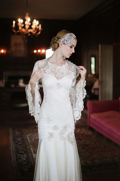 Claire Pettibone 'Viola' gown with Fleur de Jour bolero - Photography: Squaresville Studios via Elizabeth Messina's 'A Lovely Workshop'