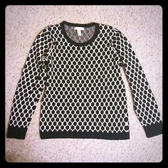 Banana Republic Sweater Black and White Banana Republic Geometric Pattern Sweater Banana Republic Sweaters Crew & Scoop Necks