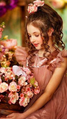 Beautiful Little Girls, Cute Little Baby, Beautiful Children, Cute Girls, Cute Kids Photos, Cute Baby Pictures, Little Girl Photography, Children Photography, Lovely Girl Image