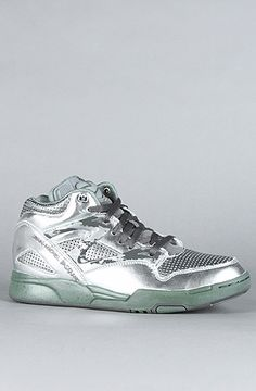 Reebok - The Basquiat Pump Omni Lite Sneaker in Pure Silver