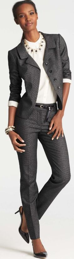 Grey Ann Taylor pant suit with skinny slacks for women.